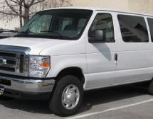 Минивэн Ford EconoLine E150